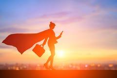 Schattenbild der Supergeschäftsfrau Lizenzfreie Stockbilder