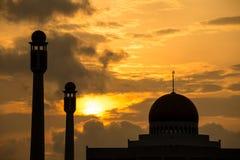Schattenbild der zentralen Moschee Lizenzfreie Stockfotos