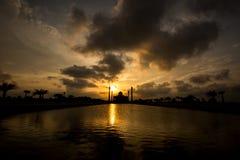 Schattenbild der zentralen Moschee Lizenzfreie Stockfotografie