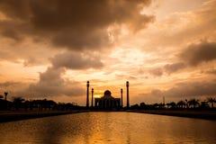 Schattenbild der zentralen Moschee Stockbild