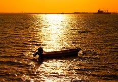 Schattenbild des Bootes Lizenzfreie Stockbilder
