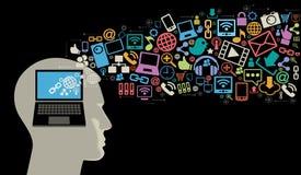 Schattenbild des Kopfes mit Internet-Symbolen Stockbilder