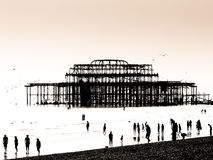 Schattenbild des Ostpiers in Brighton Stockfotos