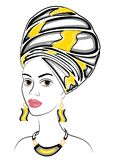 Schattenbild eines Kopfes einer s??en Dame Ein heller Schal und ein Turban werden auf dem Kopf eines afro-amerikanischen M?dchens stock abbildung
