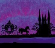 Schattenbild eines Pferdewagens und des mittelalterlichen Schlosses Stockbild