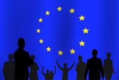 Schattenbild-Leute-Gruppe über Flaggen-Hintergrund der Europäischen Gemeinschaft vektor abbildung