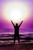 Schattenbild-Mann-Seemacht-Energie Solar-Sun Lizenzfreies Stockbild