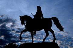 Schattenbild-Schattenbildbild der Reiterstatue von George Washington im allgemeinen Park, Boston lizenzfreie stockfotografie