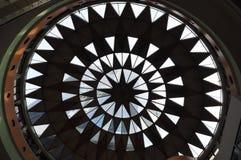 Schattenbild von Auslegungen auf Dach Stockfotografie