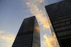 Schattenbild von Gebäuden mit blauem Himmel, Vancouver, BC Stockbilder