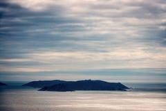 Schattenbild von Ons Island in Galizien, Spanien Lizenzfreies Stockbild