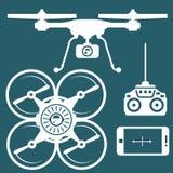 Schattenbild von quadcopter und von Smartphone Lizenzfreie Stockfotos