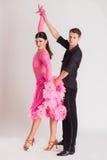 Schattenbilder des Tanzens Lizenzfreie Stockfotos