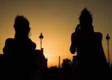 Schattenbilder in Paris-Sonnenuntergang Stockfotografie