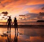 Schattenbilder von Liebhabern Lizenzfreie Stockfotos