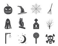 Schattenbildhalloween-Ikonensatz mit Schläger, Kürbis, Hexe, Geist, Hut Stockfotos