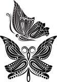 Schattenbildschmetterling mit offenem Flügel Tracery Schwarzweiss-Zeichnung Stockfoto