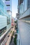Schauen entlang Nathan Road vom 13. Stock von Chungking Mansi Lizenzfreies Stockbild