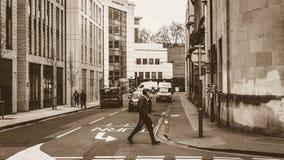 Schauen hinunter Bridewell-Straße im Sepia Stockbilder
