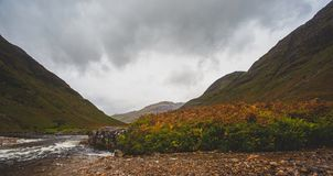 Schauen hinunter Glen Etive landschaft stockfoto