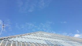 Schauen Sie auf dem Dach Stockfoto