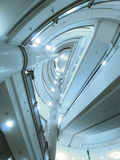 Schauen Sie aufwärts Rolltreppe stockfotos