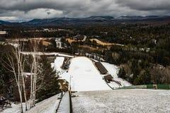 Schauen Sie unten von Ski Jump Stockfotos