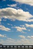 Schauen Sie zum Himmel Lizenzfreie Stockfotografie