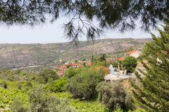Schauen unten auf einem zypriotischen Villiage Stockfotografie