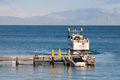 Schaufelradboot auf einem Lake Tahoe Stockfoto