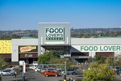 Schaufenster des Nahrungsmittelliebhaber-Marktes in Roodepoort, Johannesburg stockfoto
