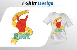Schaukeln Sie Geste, Zeichen von Hörnern mit Wortfelsen, T-Shirt Druck Spott herauf T-Shirt Designschablone Vektorschablone, an l Stockbilder