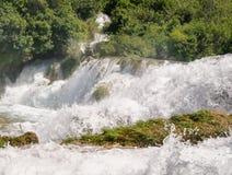 Schaum vom Wasser Lizenzfreie Stockfotografie