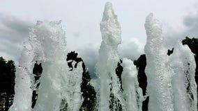 Schaum vom Wasser im Himmel stock footage