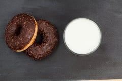 schaumgummiringe Köstlicher Nachtisch für Tee Beschaffenheit Für Ihre Auslegung Schön hell Stockbilder