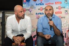 Schauspieler Marco d'Amore und Francesco Ghiaccio Lizenzfreie Stockfotos