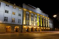 Schauspielhaus teatr przy nighttime Obraz Stock