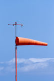 Schauzeichen zur Windrichtung lizenzfreie stockfotografie