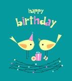 Scheda di compleanno con gli uccelli svegli con i regali Fotografia Stock Libera da Diritti
