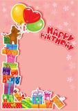 Scheda di compleanno del bambino con l'orso di orsacchiotto ed i contenitori di regalo Fotografia Stock Libera da Diritti