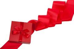 Scheda di giorno del biglietto di S. Valentino con il regalo Immagine Stock Libera da Diritti