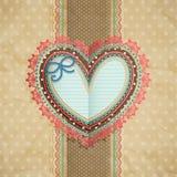 Scheda di pizzo dell'annata di giorno del `s del biglietto di S. Valentino con cuore Immagini Stock
