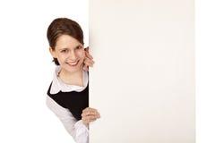 Scheda di pubblicità dello spazio in bianco della donna di affari Immagine Stock Libera da Diritti