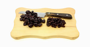 Scheda di taglio secca di taglio a cubetti delle ciliege Immagini Stock Libere da Diritti