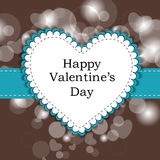 Scheda felice di amore del giorno del biglietto di S. Valentino o cartolina d'auguri con cuore sulla b Fotografia Stock
