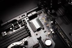 Scheda madre del desktop computer moderno nell'unità fotografia stock libera da diritti
