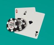 Schede di gioco, chip di mazza Immagini Stock Libere da Diritti