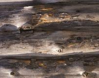 Schede di legno anziane con i chiodi fotografia stock libera da diritti