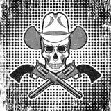 Schedel in cowboyhoed met revolvers, grunge uitstekende stipachtergrond Stock Fotografie