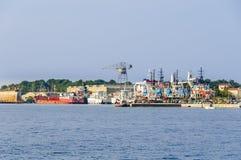 Scheepswerf op het Eiland Losinj, Kroatië, door Losinjska in werking die wordt gesteld die Royalty-vrije Stock Afbeeldingen